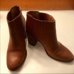 Madewell Stacked Heel Chelsea Boots